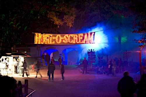 Howl O Scream Haunts Busch Gardens Williamsburg