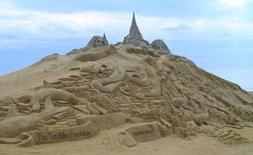 How's this for an amazing sand castle at Virginia Beach?